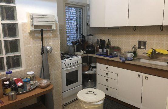 """דירת 4 חדרים למכירה בתל אביב, 120 מ""""ר, קומה 1 מ-3."""