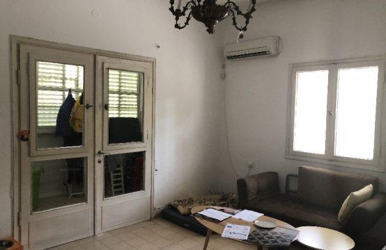 """דירת 3 חדרים למכירה בתל אביב, 90 מ""""ר, קומה 1 מ-3."""