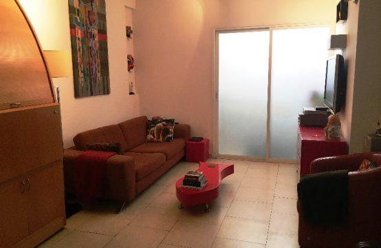 """דירת 3.5 חדרים למכירה בתל אביב, 90 מ""""ר, קומה 1 מ-3."""