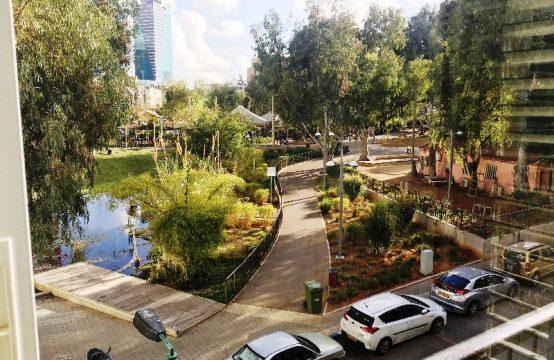 """דירת 4 חדרים למכירה בתל אביב, 126 מ""""ר, קומה 3 מ-3."""