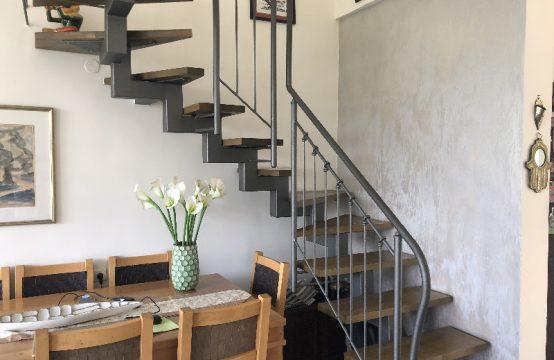 """דירת 4 חדרים למכירה בתל אביב, 120 מ""""ר, קומה 4 מ-5."""