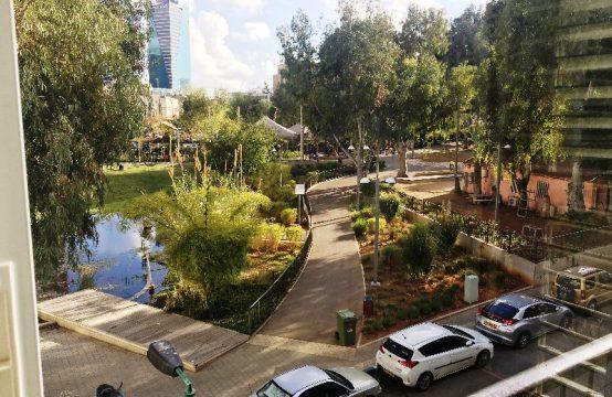 """דירת 3 חדרים למכירה בתל אביב, 82 מ""""ר, קומה 2 מ-3."""