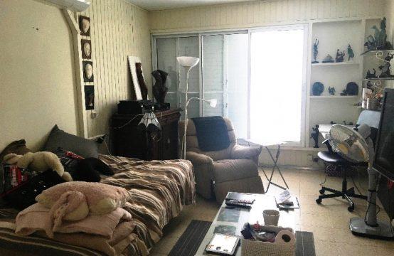 """דירת 3 חדרים למכירה בתל אביב, 76 מ""""ר, קומה 2 מ-4."""