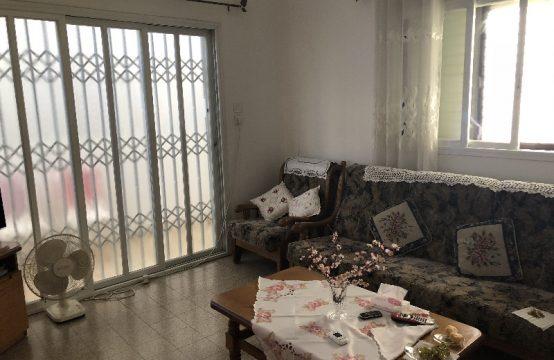 """דירת 2.5 חדרים למכירה בתל אביב, 50 מ""""ר, קומה 0 מ-3."""