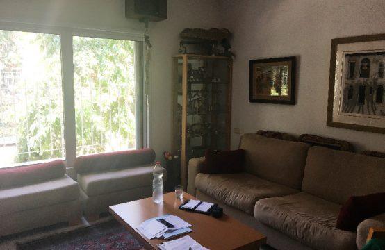 """דירת 4 חדרים למכירה בתל אביב, 100 מ""""ר, קומה 1 מ-2."""