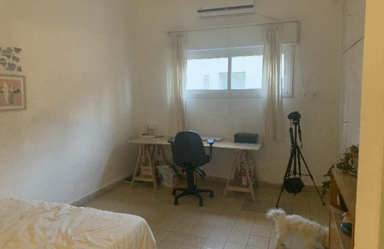 """דירת 4.5 חדרים למכירה בתל אביב, 123 מ""""ר, קומה 1 מ-2."""