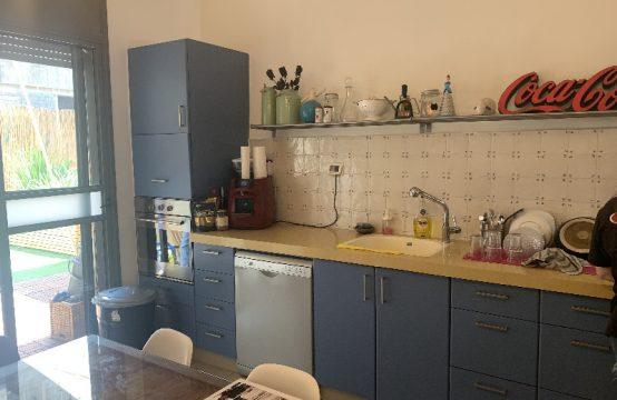 """דירת 4 חדרים למכירה בתל אביב, 120 מ""""ר, קומה 0 מ-2."""
