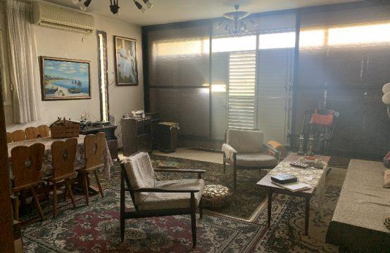 """דירת 3 חדרים למכירה בתל אביב, 80 מ""""ר, קומה 3 מ-6."""