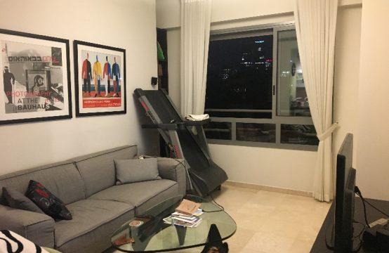 """דירת 2 חדרים למכירה בתל אביב, 48 מ""""ר, קומה 5 מ-8."""