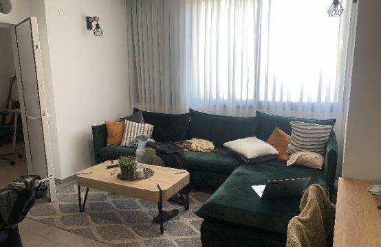 """דירת 5 חדרים למכירה בתל אביב, 108 מ""""ר, קומה 2 מ-5."""